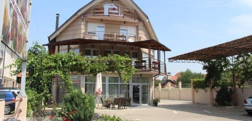 Hotel Novella Uno***- Novi Banovci