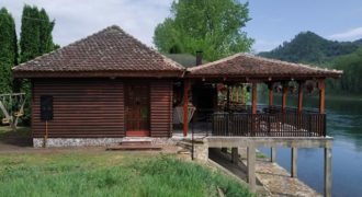 Vikendica za odmor na Drini